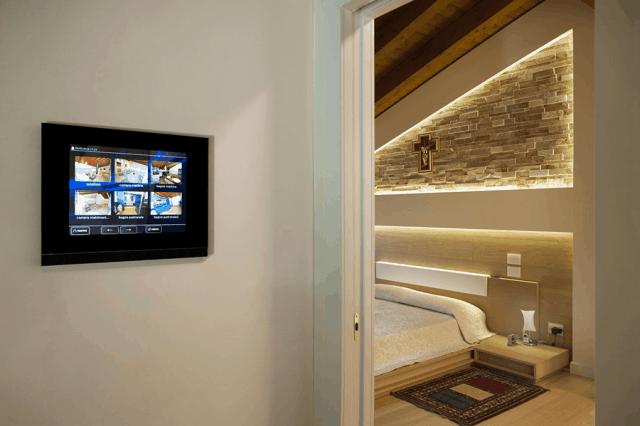 Come controllare la domotica in casa propria: app e dispositivi utili